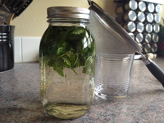 mint-infused-water