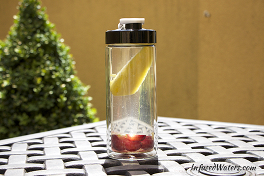 grape-pineapple-infused-water