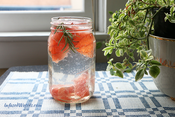 grapefruit-rosemary-infused-water