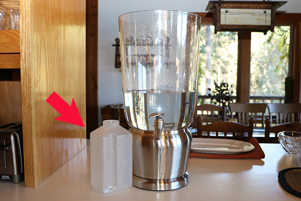 Filling an Infused Water Dispenser